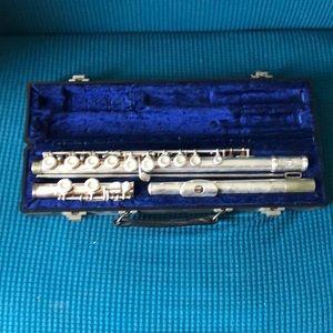 Flute Model M2
